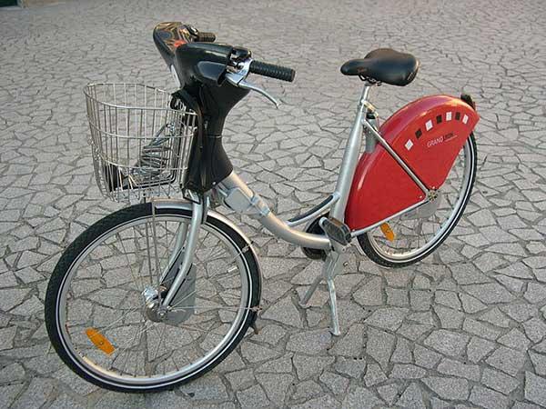 Un Vélo'v ancienne génération
