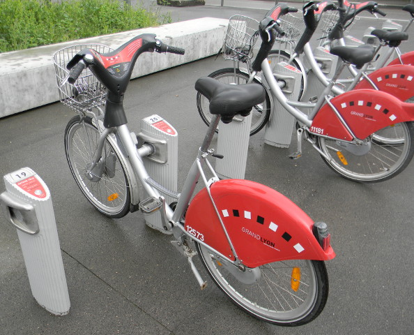 Vélo'V élu service client de l'année 2016