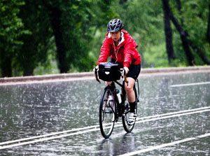 Pratique du vélo par temps de pluie