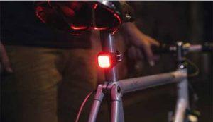 Feu de vélo arrière 9 LEDS Blinder Mini Niner Knog