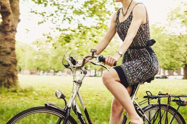 éviter le mal aux fesses en vélo avec les selles velo femme