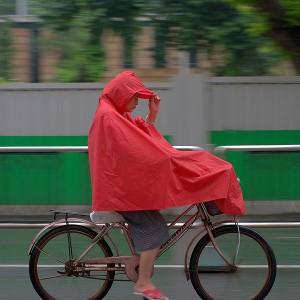 Se protéger de la pluie à vélo