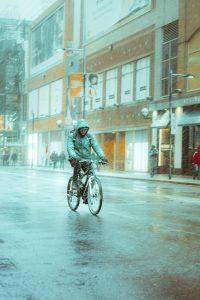 Vêtement imperméable à vélo