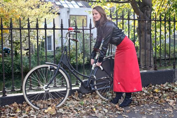 Georgia In Dublin et Basil, les beaux vêtements pluie vélo pour femmes