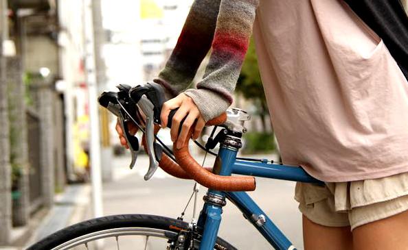 Comment poser une nouvelle guidoline vélo