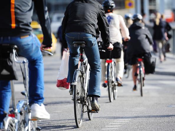 Déplacements à Paris : les vélos dépassent presque les autos