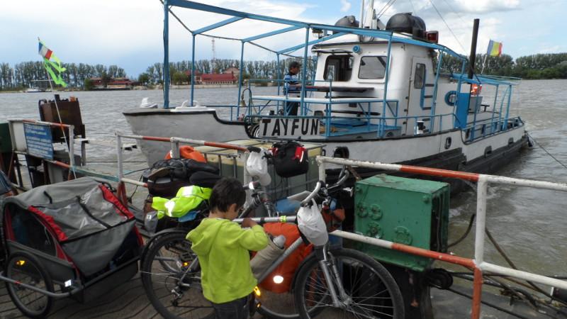 vélo en famille en vacances à vélo
