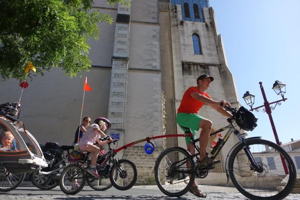Graines de baroudeurs sillonnent la France à vélo et en famille