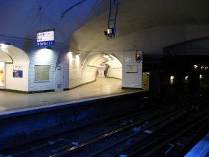 Metro_de_Paris_-_Ligne_3_-_Gambetta_10