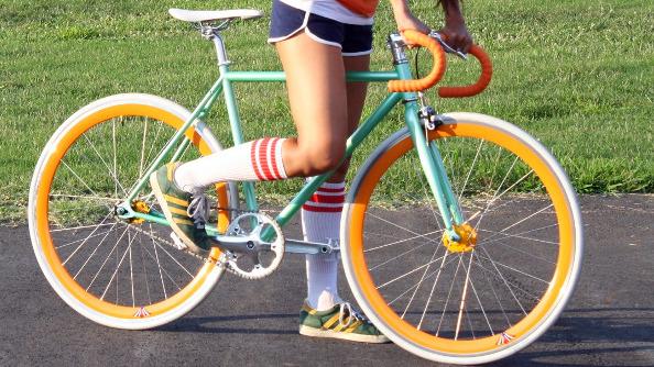 Vélo : comment monter un pignon fixe