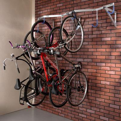 Crochet de stationnement vélo mural pour un local d'entreprise intérieur