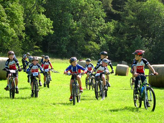 Cyclotourisme entre 12 et 18 ans