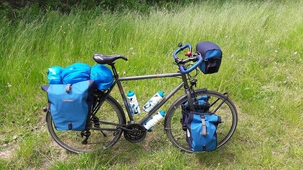 Prêt pour un périple de 1000 kilomètres à vélo, direction Rotterdam !