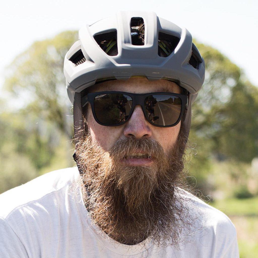 Aperçu en situation du casque vélo Route Smith