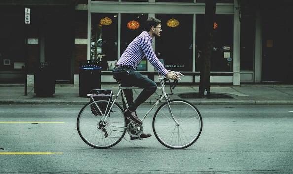 Top 10 des réflexes développés par les cyclistes en ville