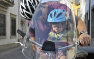 Les atouts du pare brise pour les cyclistes et les enfants