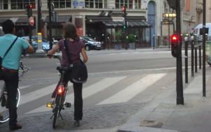les-cyclistes-et-les-feux-rouges