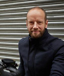 Tom Pelet, créateur du klaxon vélo Hornit