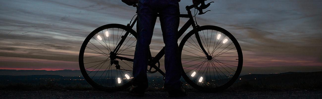 Signalisation : ces éclairages passifs qui rendent visible à vélo