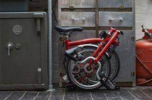 Un vélo pliant très peu encombrant