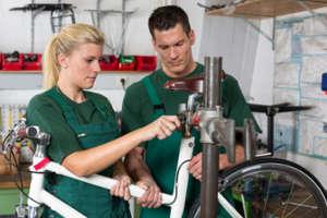 Formation cycle pour l'apprentissage de réparation vélo