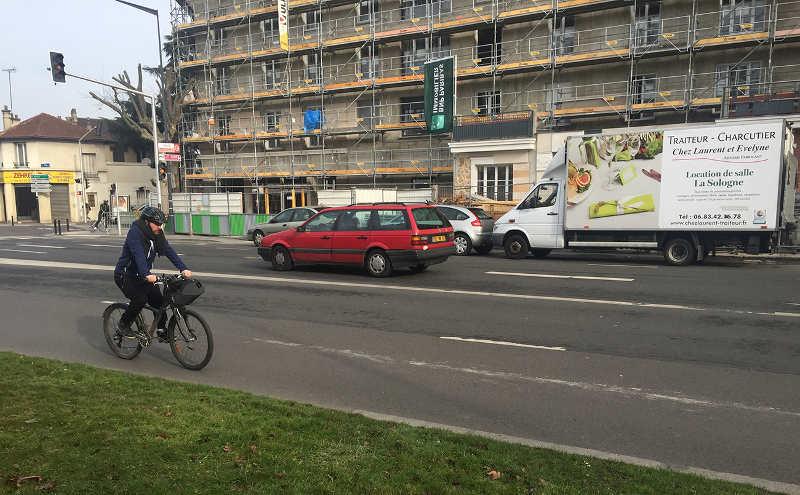 """""""Je suis cycliste et je vous emmerde"""" traite du vélo en ville"""