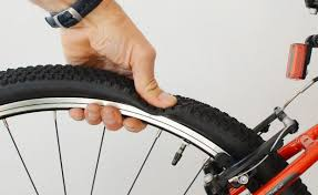 Contrôles sur son pneu vélo