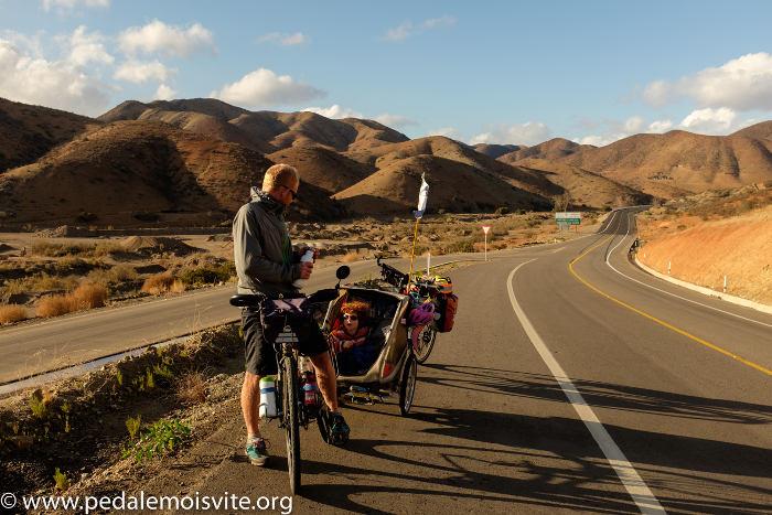Remorque vélo enfant Pédale Moins Vite