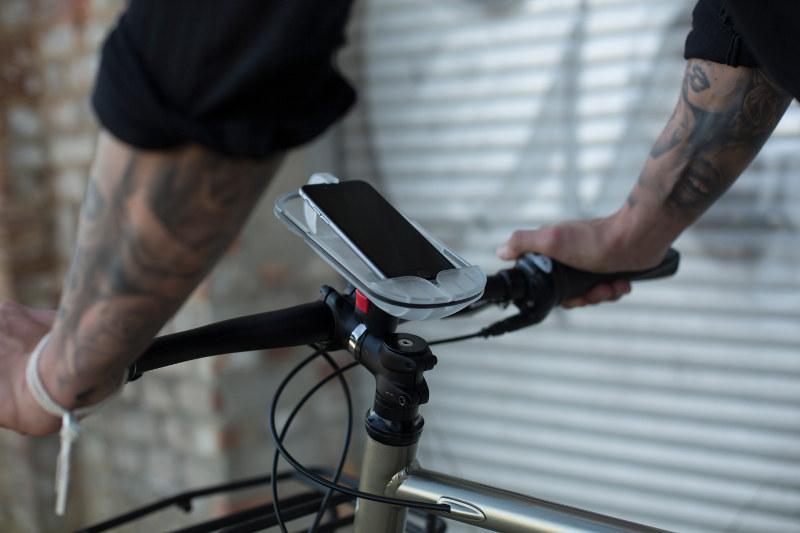 Le support pour smartphone vélo de SMINNO