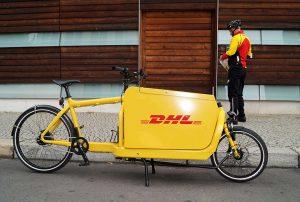 Vélo cargo DHL