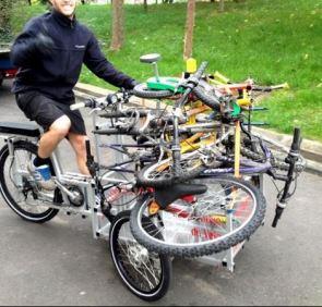 Bicyclaide, atelier vélos qui récolte les vieux vélos