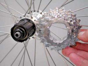 Monter et démonter une cassette vélo