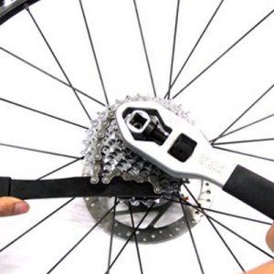 Outil pour démonter sa cassette vélo facilement