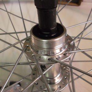 Roue arrière avec roue libre vélo