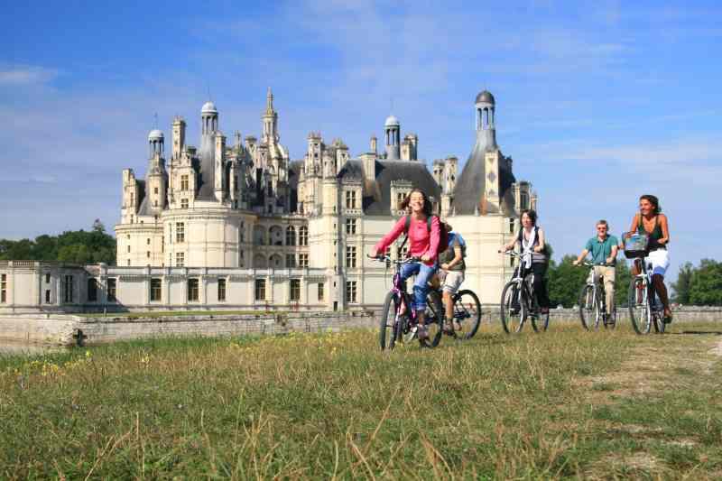 Chateau de Chambord sur la Loire à vélo sur l'EuroVelo 6