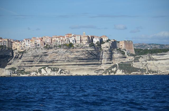 Cyclotourisme : Bonifacio et la Corse à vélo