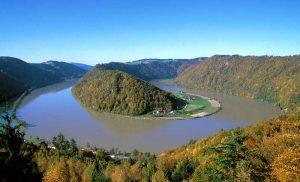 Boucle du Danube à Haibach ob der Donau