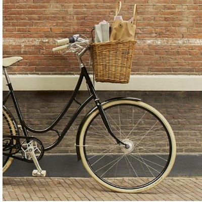 Le panier en rotin, un accessoire vélo idéal pour la ville