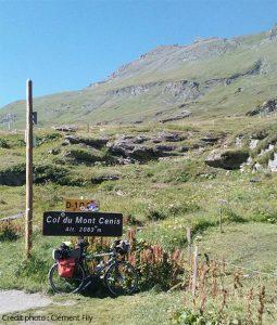 Rejoindre la frontière franco-italienne par le col du MontCenis