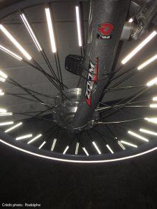 Barrettes sur roue pour visibilité à vélo