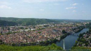 Vue panoramique de Cahors dans la vallée du Lot