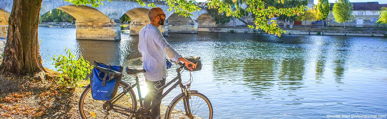 La Flow Vélo® : voyage à vélo à travers la Charente, du Périgord à l'Atlantique