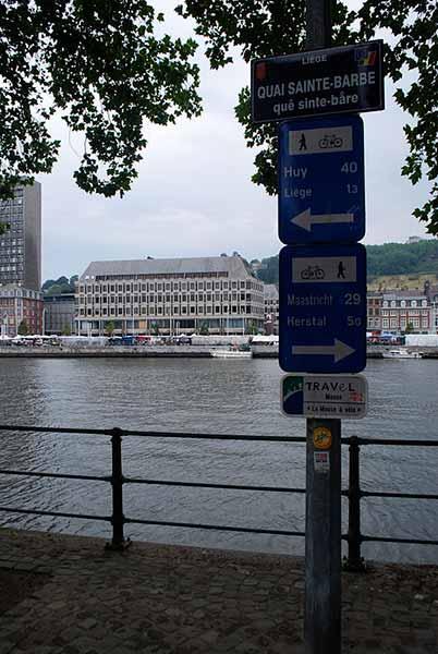Signalisation de l'EuroVelo 19 à Liège