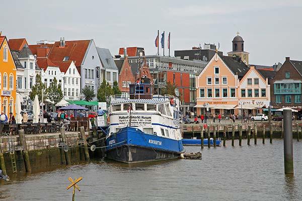 Le port de Husum en Allemagne