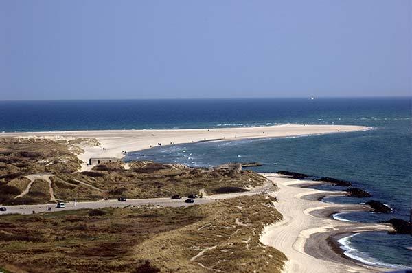 La pointe nord sauvage et les plages de Skagen au Danemark