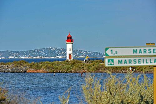 Le phare de la pointe des Onglous sur l'étang de Thau