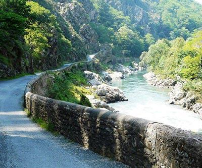 Le Pas de Roland, un écrin de nature au coeur du Pays-Basque à vélo