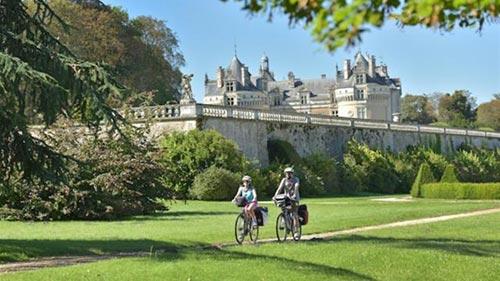 Le château de Le Lude sur la route de la V47