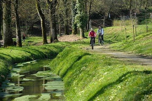La voie verte le long de la rigole d'Hilvern