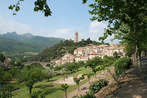 Olargues, plus beau village de France sur la Passa Pais